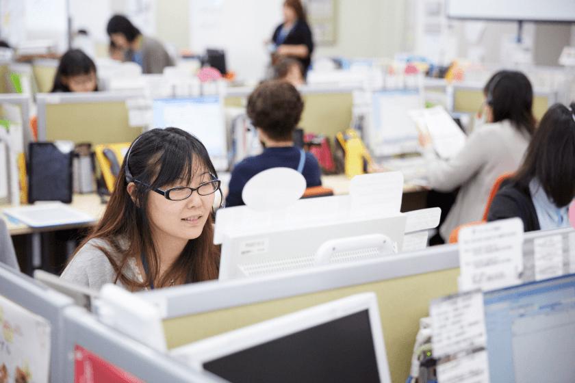 コールセンターではどんな人が働いている?気になる職場環境