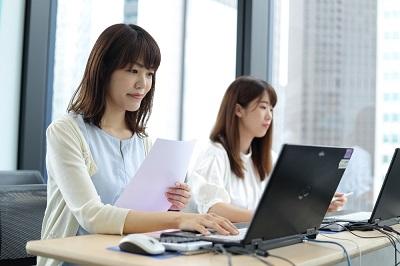 平日のみ17時まで データ入力・書類開封・不備確認等の事務処理