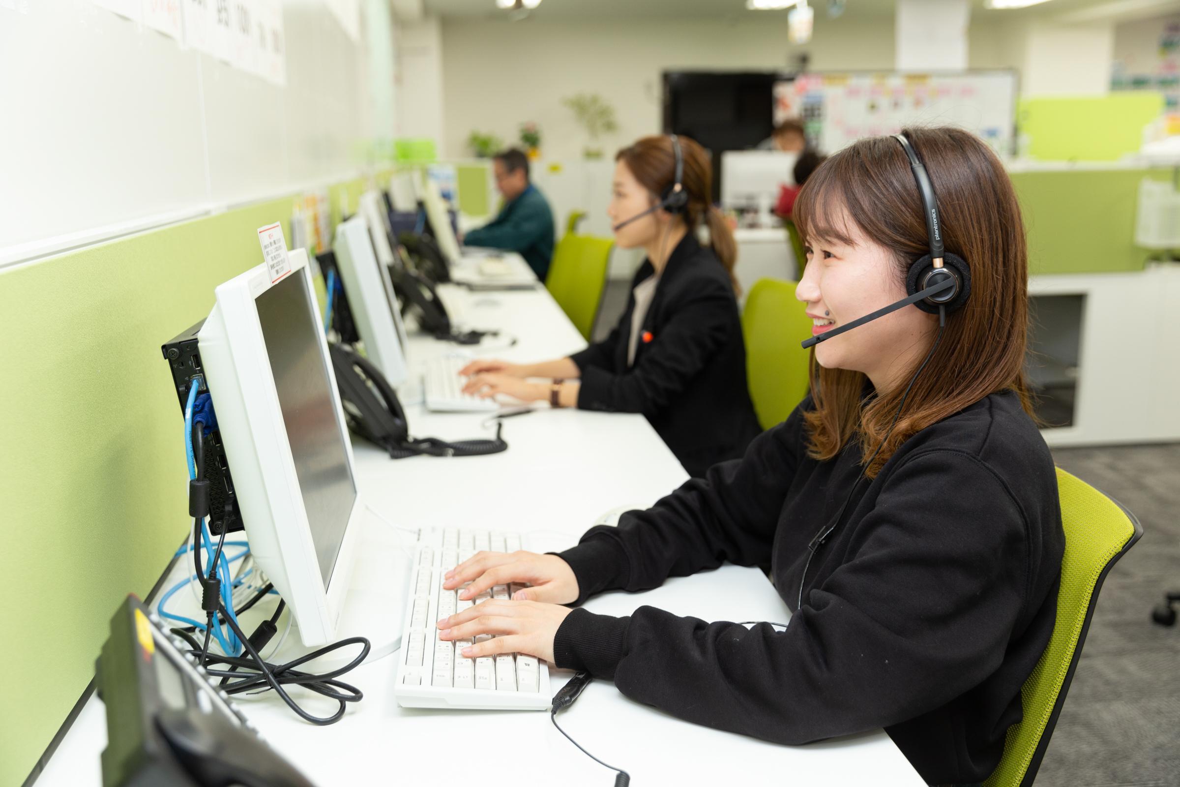 通信教育に関する電話応対スタッフ