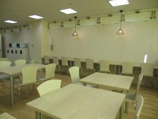 TMJ専用の休憩室は8:00-21:00まで自由に利用できます