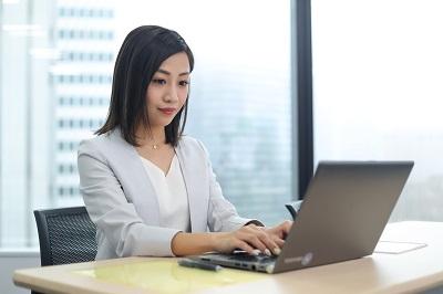 平日のみ 選べるシフト 採用アシスタント業務の事務のお仕事